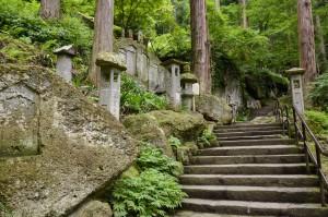 山寺階段イメージ