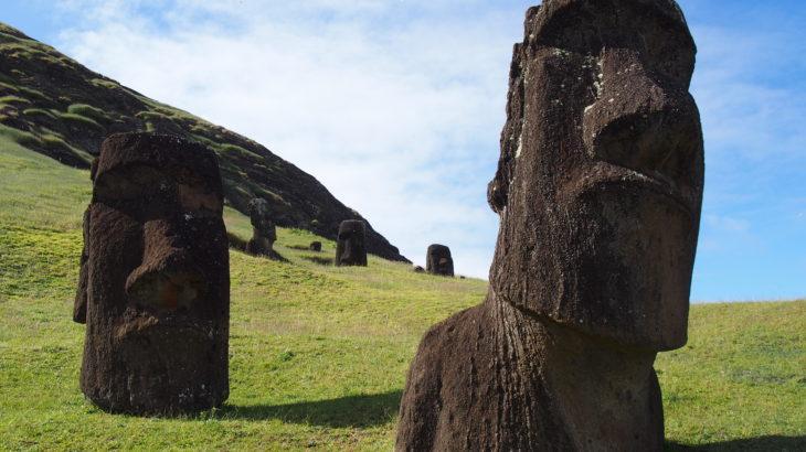 エア タヒチ ヌイ チャーター便で行く 世界遺産イースター島とタヒチ6日間