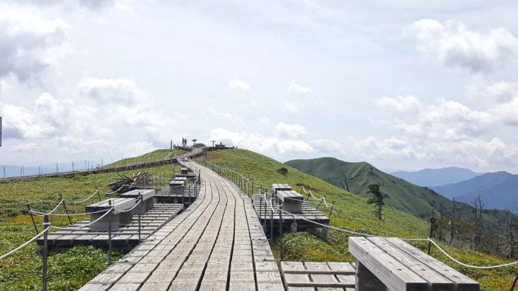 日本百名山・剣山に登る~標高1955mの山頂へ~