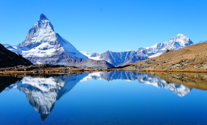 限定1本!夏旅! スイス三大名峰と憧れの氷河特急8日間